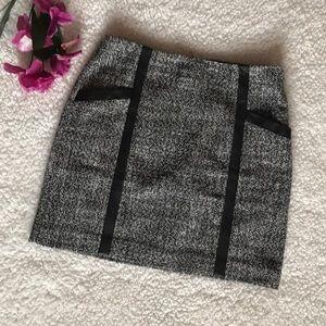 Banana Republic tweed mini skirt with leather trim